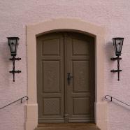 Einbau Tür in Kirche Leubsdorf